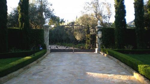 Reclaimed Flagstone Entrance