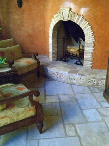 Old Italian Venetian Limestone
